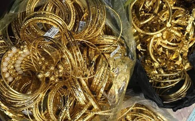 Thanh niên đu dây trộm 200 cây vàng rồi xuất hiện ở nhiều tụ điểm ăn chơi khắp cả nước