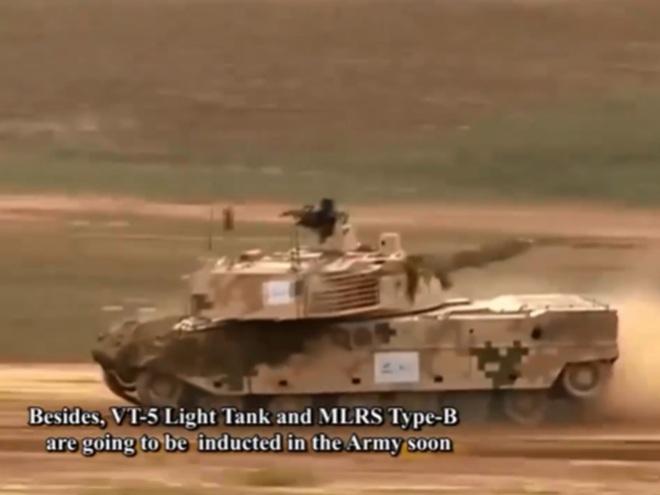 CNQP Trung Quốc thắng lớn: 2 tháng sau duyệt binh, vũ khí đã ùn ùn tiến đến Nam Á? - Ảnh 1.