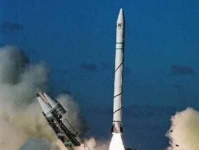 Iran tăng mức báo động sau khi Israel thử tên lửa bí ẩn - Ảnh 2.
