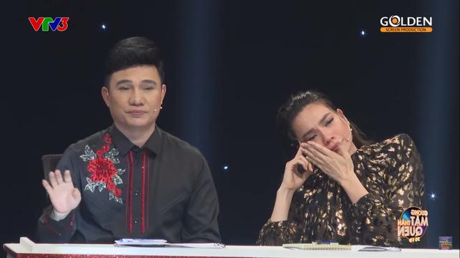 Hà Hồ bật khóc: Tôi hỏi anh Minh Thuận tại sao người đời cứ thêu dệt câu chuyện không đúng về tôi như thế? - ảnh 5