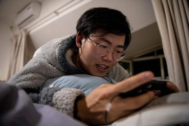 Độc lập về tài chính nhưng thiếu thốn tình cảm, phụ nữ độc thân Trung Quốc lên mạng tìm bạn trai ảo để tâm tình - Ảnh 2.
