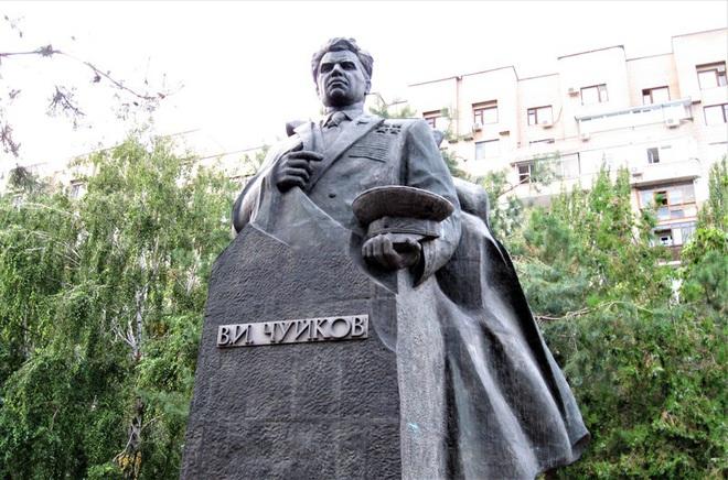 Năm sự thật và một huyền thoại về Nguyên soái Chuykov - Ảnh 3.