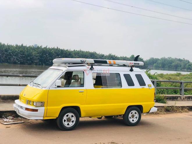 Khám phá Toyota VAN 1987 độ cực độc của dân chơi Sài Gòn - Ảnh 1.
