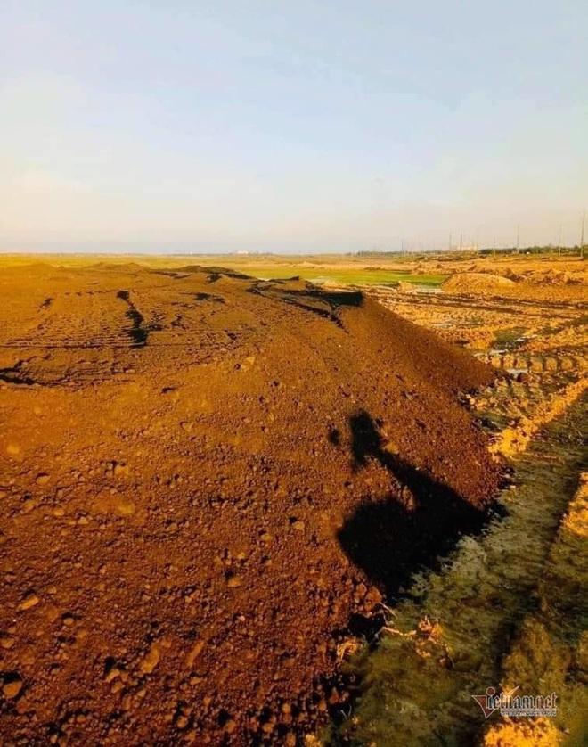 Thực hư việc dùng chất thải nguy hại của Formosa Hà Tĩnh san lấp mặt bằng - Ảnh 3.