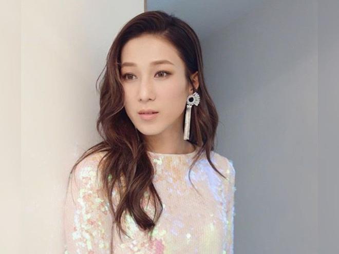 Chung Gia Hân: Hoa hậu trầm cảm tự la hét qua gương và cuộc tình quá đẹp chỉ sau 4 ngày gặp gỡ - ảnh 3
