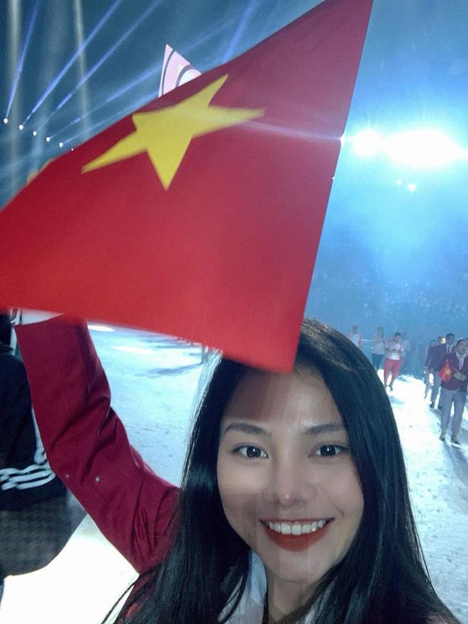 Nữ bác sĩ xinh đẹp của đoàn thể thao Việt Nam dự SEA Games 30: 1 ngày làm việc có khi kéo dài 17 tiếng - ảnh 2