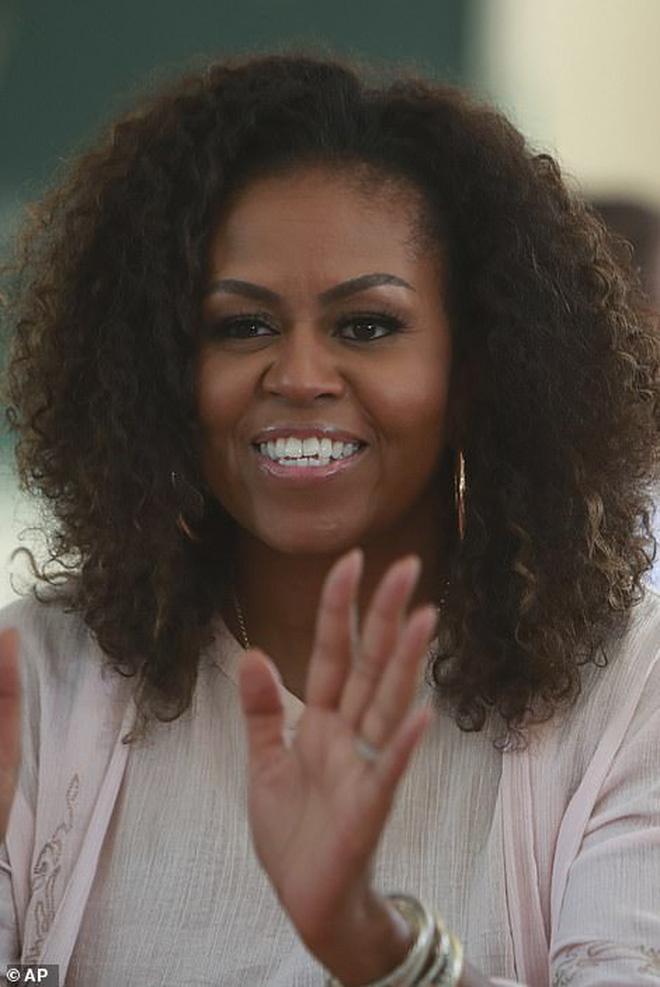 Bà Michelle Obama động viên nữ sinh Việt nỗ lực học tập: Giáo dục là sức mạnh, tiếng nói và cơ hội - ảnh 2