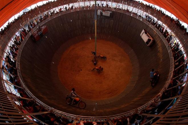 Rợn người tại lễ hiến tế động vật đẫm máu nhất thế giới - ảnh 4