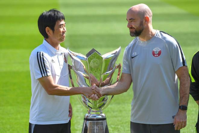 Gặp Qatar ở chung kết, HLV Nhật Bản tuyên bố cho học trò chơi không khác gì trận thắng Iran và Việt Nam - Ảnh 1.