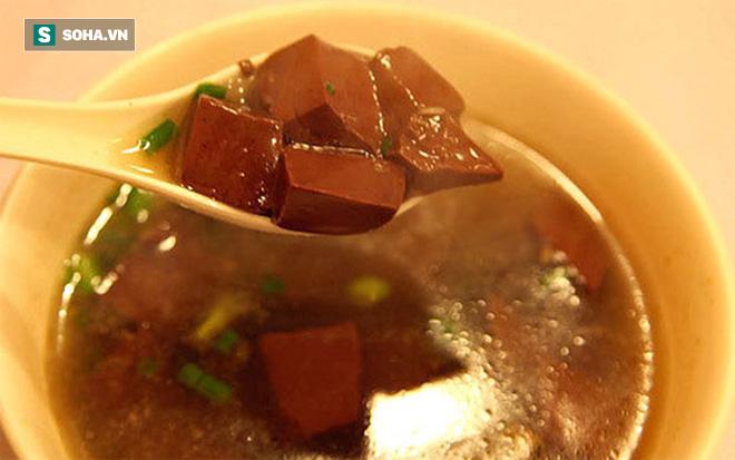 Những giá trị dinh dưỡng của tiết: Món ăn ngon bổ tuyệt vời bạn đừng quên ăn vào dịp Tết - Ảnh 1.