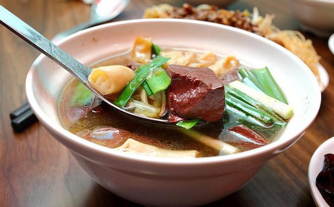 Những giá trị dinh dưỡng của tiết: Món ăn ngon bổ tuyệt vời bạn đừng quên ăn vào dịp Tết