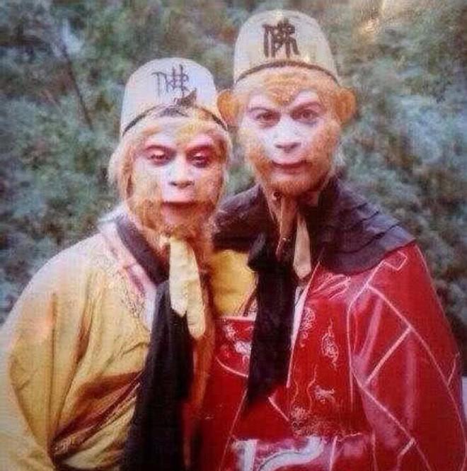 Loạt ảnh hậu trường hiếm có khó tìm của bộ sậu Tây Du Ký phiên bản 1986 bất ngờ lộ diện - Ảnh 1.
