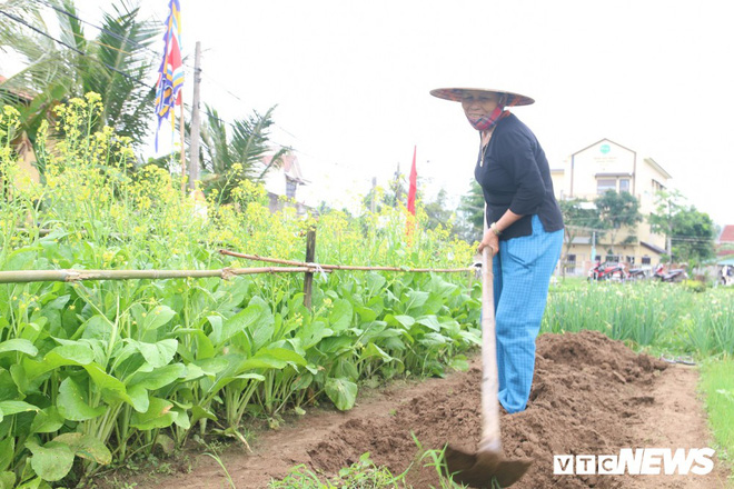 Độc đáo lễ hội Cầu Bông ở làng rau sạch lớn nhất miền Trung - Ảnh 9.