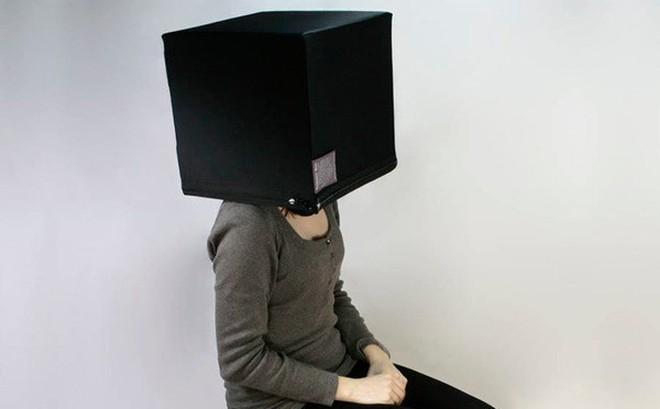 """Có gì bên trong """"Hộp suy nghĩ"""" được rao bán 650 USD trên Twitter?"""