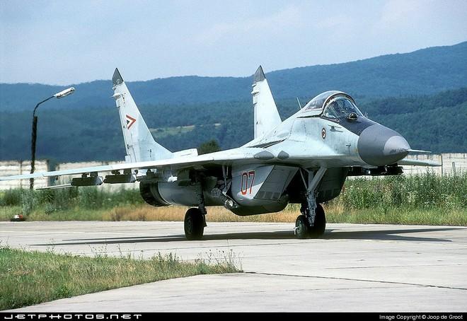[ẢNH] Hungary bán thanh lý cả phi đội tiêm kích MiG-29 với giá rẻ như cho - Ảnh 11.