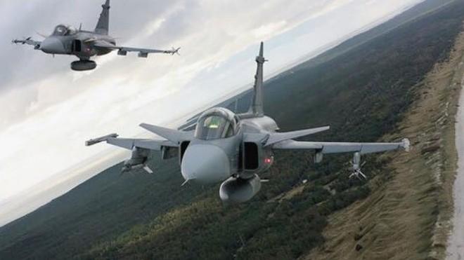 [ẢNH] Hungary bán thanh lý cả phi đội tiêm kích MiG-29 với giá rẻ như cho - Ảnh 5.