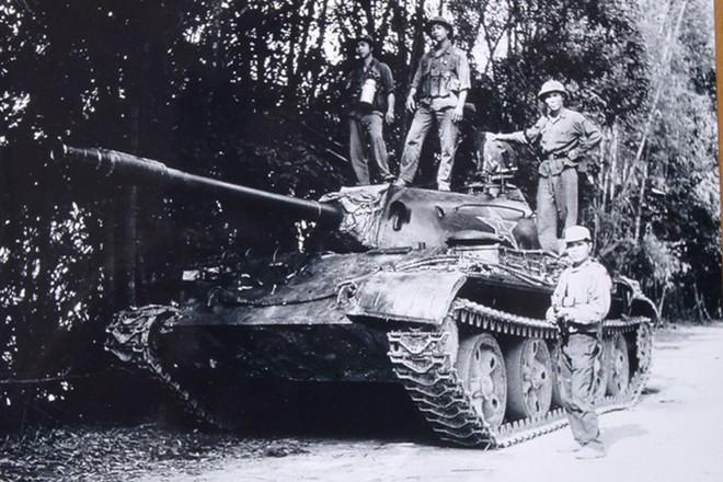 Chiến tranh biên giới 1979: Dù chiến thuật biển người hay biển xe tăng, Trung Quốc đều thảm bại - Ảnh 3.