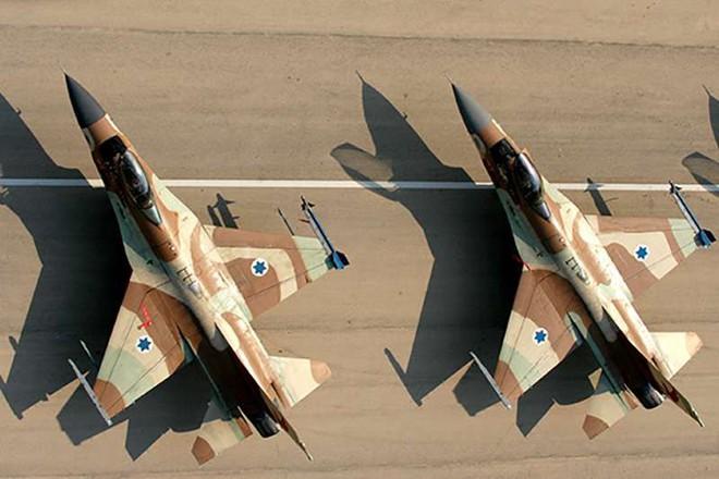 Mỹ chơi đồng minh Israel vố đau: F-16 đào thoát bất thành trước S-300 Syria - Ảnh 2.