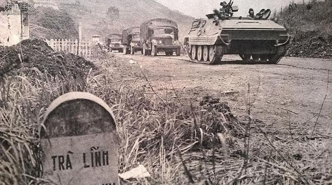 Chuyện ít biết: Không vận vũ khí cho các đơn vị sau lưng địch - Tất cả để đánh thắng quân TQ xâm lược - Ảnh 2.