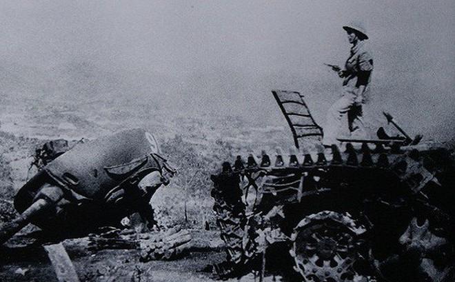 """Xe tăng Trung Quốc: """"Type gì thì Type, K gì thì K"""" - Động đến Việt Nam chỉ có một kết cục là tan xác"""