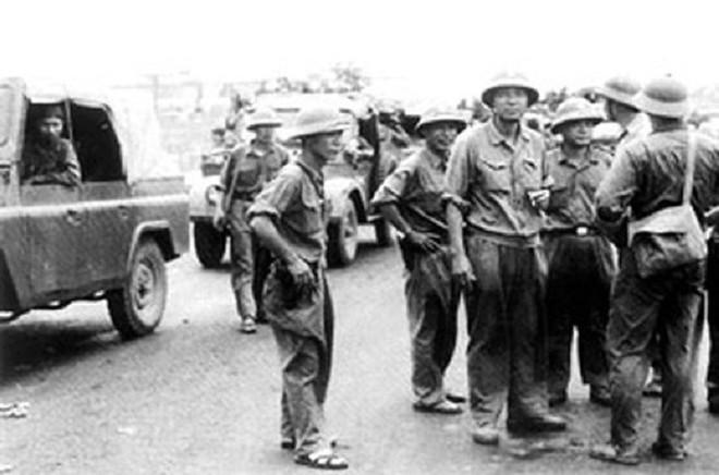 Cuộc hành quân thần tốc của Lữ đoàn Xe tăng 203: May cho quân TQ là chúng đã rút lui! - Ảnh 6.