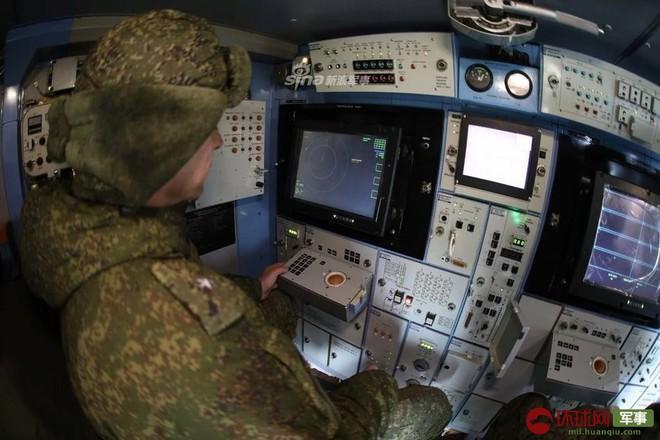 Quái thú Tor-M2DT của Hạm đội Phương Bắc Nga thị uy tại Bắc Cực - Ảnh 2.