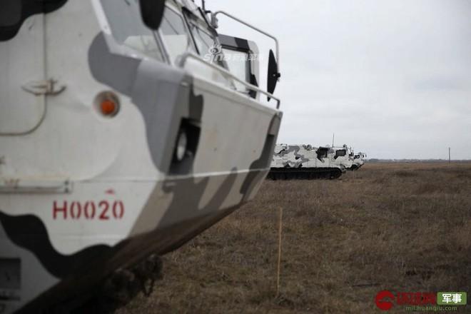 Quái thú Tor-M2DT của Hạm đội Phương Bắc Nga thị uy tại Bắc Cực - Ảnh 3.