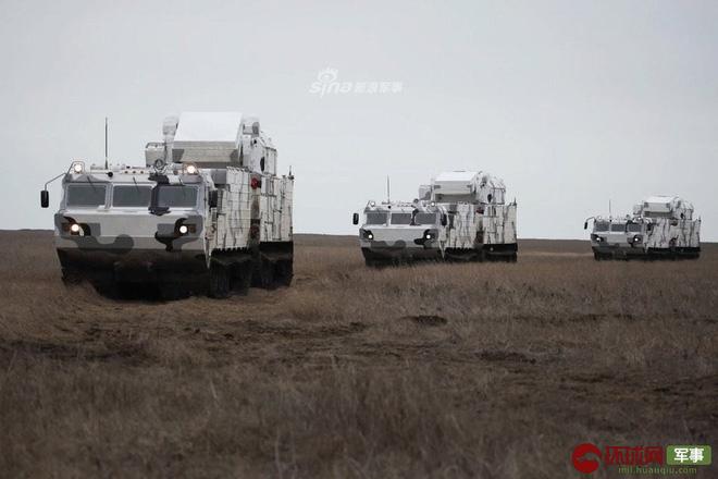 Quái thú Tor-M2DT của Hạm đội Phương Bắc Nga thị uy tại Bắc Cực - Ảnh 9.
