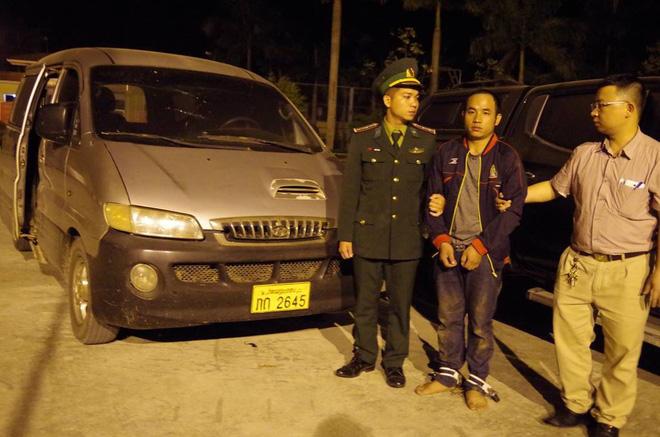 9X quốc tịch Lào vận chuyển gần 3 tạ ma túy đá sang Việt Nam - Ảnh 1.