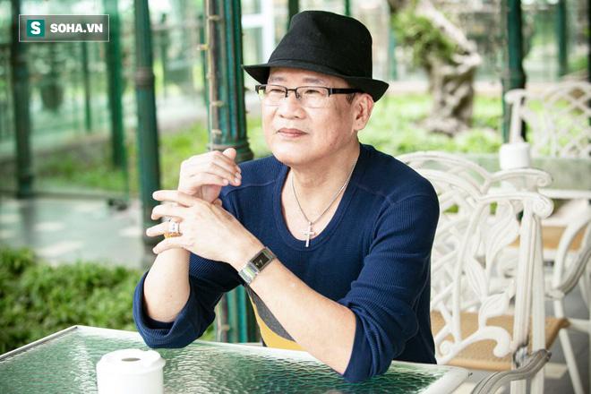 Được cấp phép làm liveshow tại Sài Gòn, Tuấn Vũ mời toàn sao khủng - Ảnh 1.