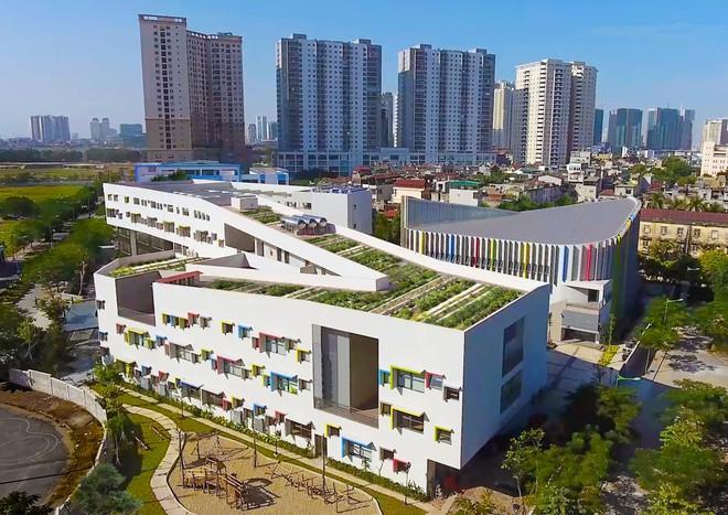 Ngôi trường đầy màu sắc có lối kiến trúc độc đáo bậc nhất Việt Nam - Ảnh 4.