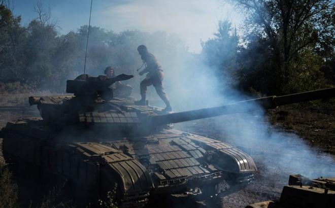 Nhóm nhân viên an ninh Ukraine đạp trúng mìn khi đang xâm nhập CHND Luhanks tự xưng