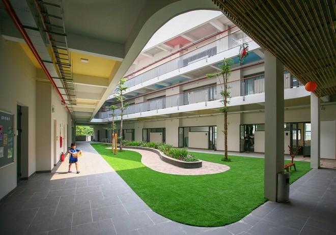 Ngôi trường đầy màu sắc có lối kiến trúc độc đáo bậc nhất Việt Nam - Ảnh 9.