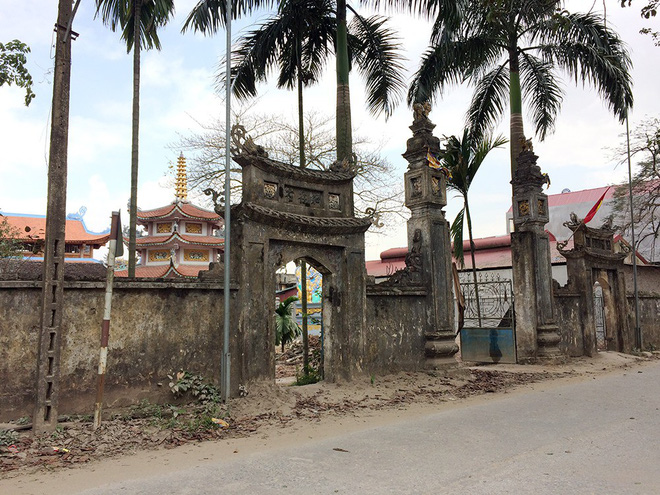 Cận cảnh 4 lớp an ninh nghiêm ngặt bảo vệ cụ sưa trăm tỉ ở Hà Nội - Ảnh 8.