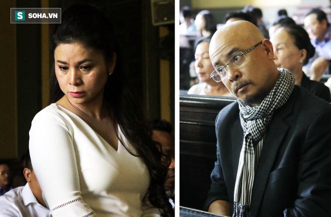 [ẢNH] Khoảnh khắc căng thẳng trong phiên xử ly hôn vợ chồng ông chủ cà phê Trung Nguyên - Ảnh 12.