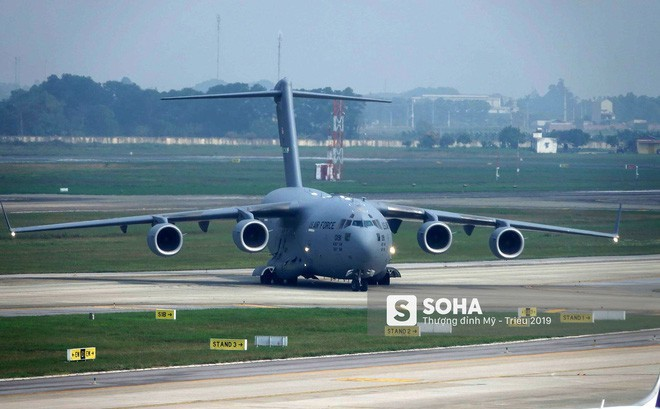 Vì sao vận tải cơ C-17 được Mỹ tin dùng để vận chuyển trực thăng Marine One cho Tổng thống?