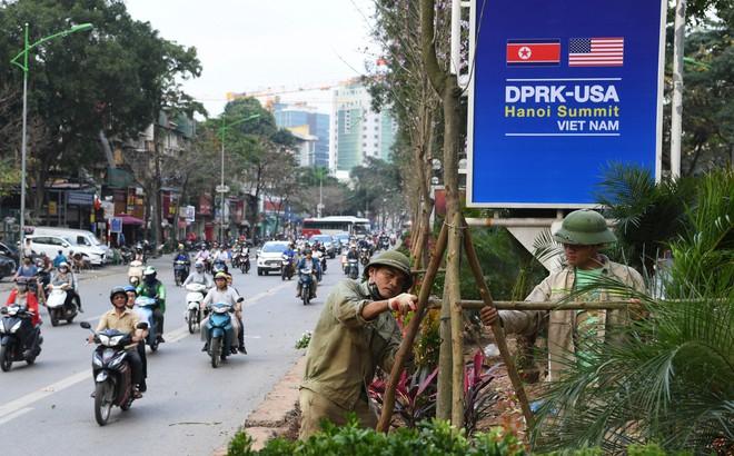 Đường phố Hà Nội trang hoàng chào đón hội nghị thượng đỉnh Mỹ - Triều