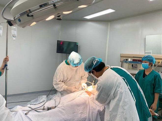 Thai phụ Bắc Giang chửa trên nền vết mổ cũ, bác sĩ tá hỏa khi nhìn vào tử cung - Ảnh 1.