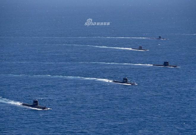 Trung Quốc lạnh gáy khi chứng kiến tàu ngầm Mỹ - Australia thị uy sức mạnh - Ảnh 2.