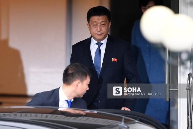 [ẢNH] Trưởng đoàn đàm phán Triều Tiên rời nhà khách Bộ ngoại giao - Ảnh 2.