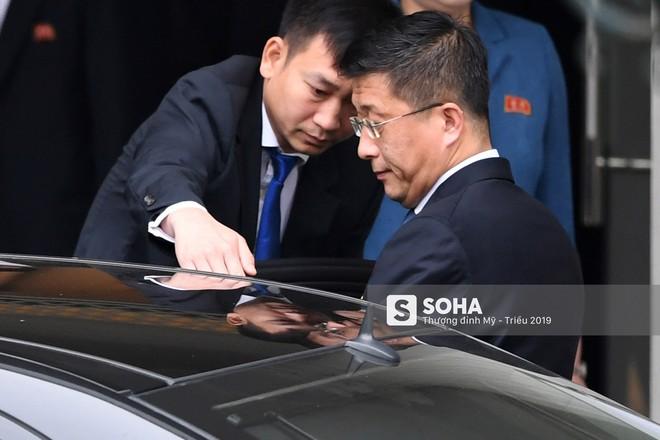 [ẢNH] Trưởng đoàn đàm phán Triều Tiên rời nhà khách Bộ ngoại giao - Ảnh 4.