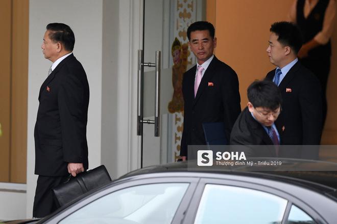 [ẢNH] Trưởng đoàn đàm phán Triều Tiên rời nhà khách Bộ ngoại giao - Ảnh 5.