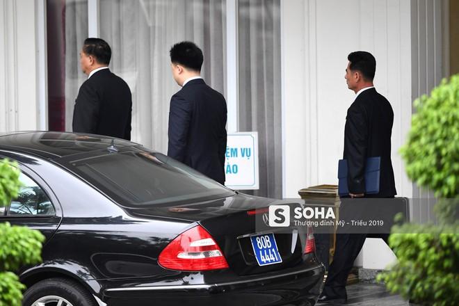 [ẢNH] Trưởng đoàn đàm phán Triều Tiên rời nhà khách Bộ ngoại giao - Ảnh 6.