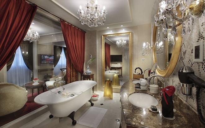 Phòng mà ông Donald Trump đã ở khi đến Việt Nam sang trọng cỡ nào? - Ảnh 9.