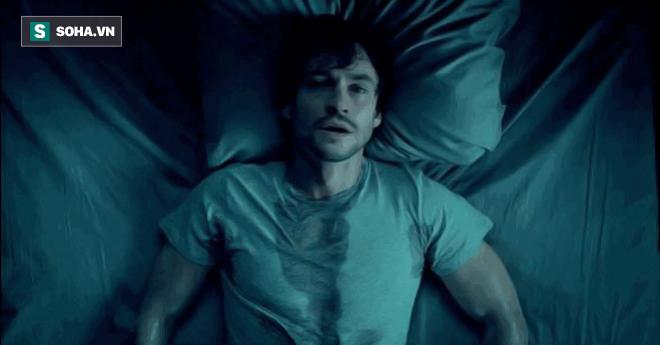 8 nguyên nhân khiến bạn bị đổ mồ hôi đêm: Chữa sớm sẽ có những giấc ngủ ngon - Ảnh 1.