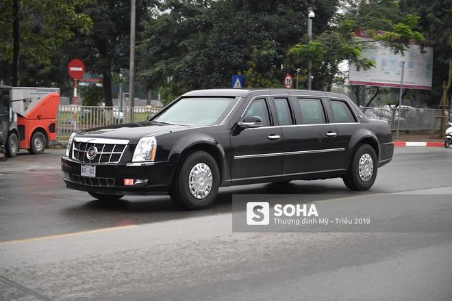 [ẢNH] Siêu xe The Beast của TT Trump cùng dàn xe đặc chủng hầm hố trên đường phố Hà Nội - Ảnh 7.