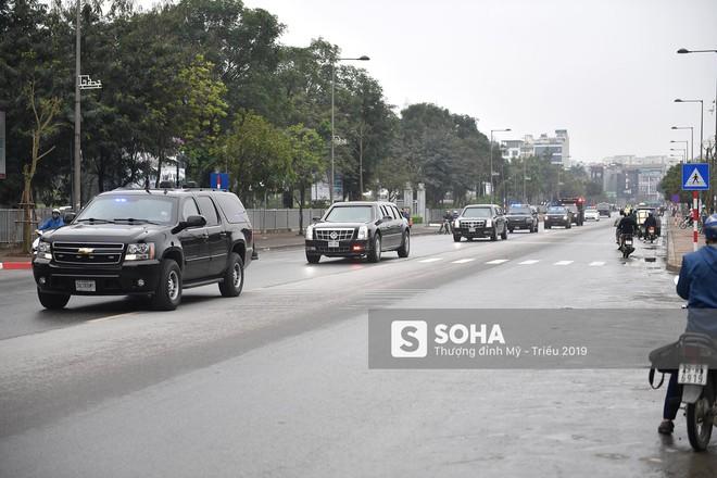 [ẢNH] Siêu xe The Beast của TT Trump cùng dàn xe đặc chủng hầm hố trên đường phố Hà Nội - Ảnh 8.