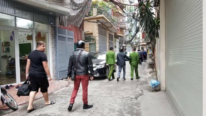 Khám nhà các ông Nguyễn Bắc Son, Trương Minh Tuấn - Ảnh 4.