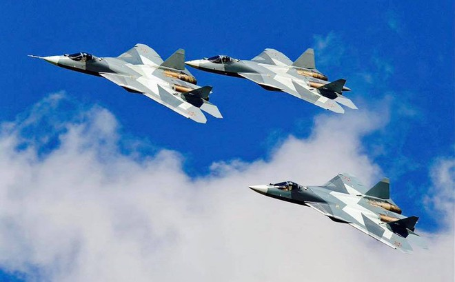 """Su-57 Nga lần đầu tiên sẽ """"gầm rú"""" trên bầu trời Paris, Pháp"""