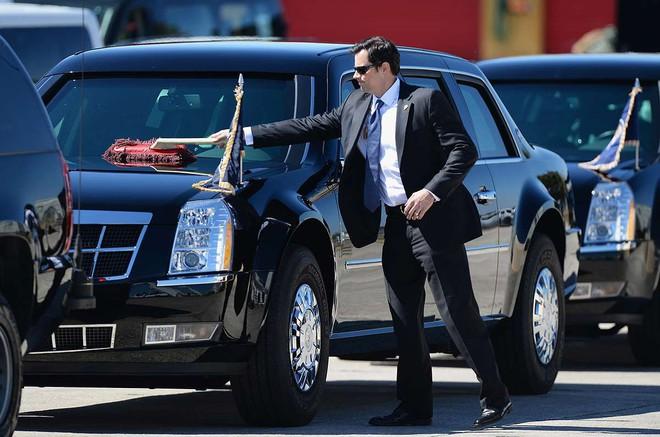 Choáng ngợp trước sự chặt chẽ và lợi hại khó tin của đoàn siêu xe hộ tống tổng thống Mỹ - Ảnh 5.